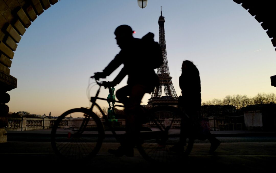 Cycle Your Way Through Paris Region's Market Opportunities